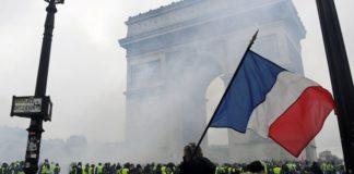 Proteste a Parigi