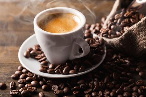 Bere caffè fa bene o male
